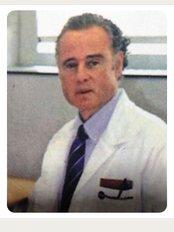 Dr. Nicolás Álvarez Peñate - C/. Perez Galdos 26, 2º Dcha, Santa Cruz de Tenerife, 38002,