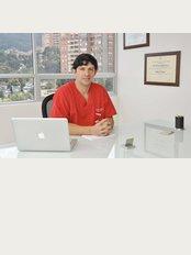 Mauricio Jimenez Cirugia Plastica Estetica Reconstructiva - Calle 124 # 7-38, Consultorio 902, Bogotá,