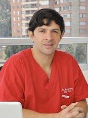 Mauricio Jimenez Cirugia Plastica Estetica Reconstructiva - Calle 124 # 7-38, Consultorio 902, Bogotá,  0