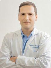 Dr. Victor Manuel Agudelo - Av. 4 Norte No. 14-38 Office 302, Cali,  0