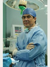 Dr Giovanni Montoya - Hospital CIMA, Piso #7 Oficina #6, San José,