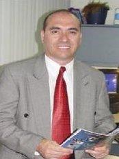 Dr. Rodrigo Araya - Tower No. 2, Floor No. 2, office No. 211 Escazú, San José,  0