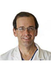 Dr Rashi Rosenstock - Principal Surgeon at The Rosenstock Lieberman Plastic Surgery Center
