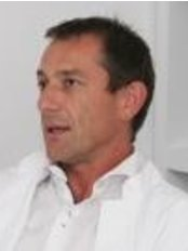 Dr Aleksandar Milenovic -  at Lege Artis