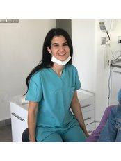 Доктор Dudu  Otcuoglu - Главный стоматолог в Cosmetic Surgery Cyprus