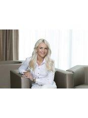 Dr Vlasta Vyhnankova - Surgeon at ABClinic Art & Beauty
