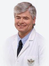 Dr. Miroslav Tvrdek -  - GHC Klinik Prag
