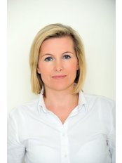 Dr. Andrea Musilova - Chirurgin - YES VISAGE Klinik Prag