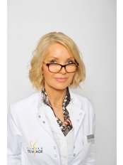 Dr. Monika Kavková - Ärztin - YES VISAGE Klinik Prag