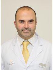 Dr. Issam Al Awa - Chirurg - YES VISAGE Klinik Prag