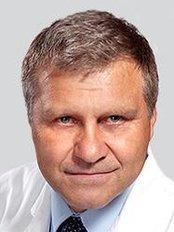 Dr. Peter Ondrejka - Chirurg - MEDICOM Clinic Prag