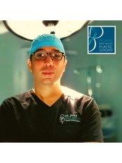 Dr Javier Baez Angles - Principal Surgeon at Dr.Javier Báez Anglés,Cirugía Plástica Estética R.D.