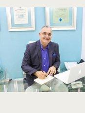 Cirugía Inteligente - Dr. Kenneth Schimensky - Mustafá kemal ataturk #24 Ens. Naco, Santo Domingo,