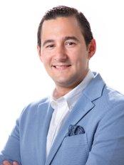 Cirugía Plástica del Caribe - Dr. Luis Tactuk