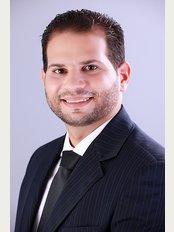 Dr. Kemil Issa / Plastic Clinic - Dr. Kemil Issa