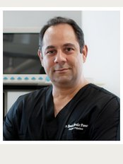Dr. Ramon Morales Pumarol - Calle Socrates Nolasco 4, Dominican Republic, Santo Domingo,