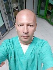 Dr Yuriy Zuyevskyy - Principal Surgeon at Time Plastic