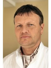 Dr Tiit Meren - Surgeon at Hospital of Reconstructive Surgery