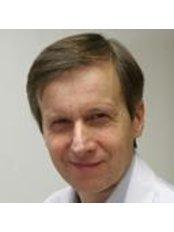 Dr Kai Lassila - Doctor at Ihoakatemia