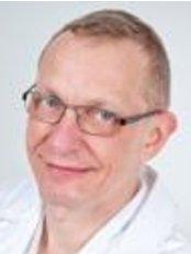 Dr Heikki Penttila - Doctor at Lääkäriklinikka Estetic - Helsinki