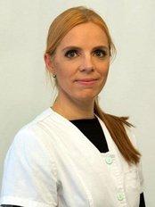 Dr Pille Kirjanen - Doctor at Plastiikkakirurgia Fin-Est - Seinäjoki