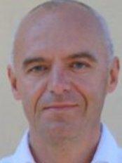 Jyri Kullamaa - Doctor at Plastiikkakirurgia Fin-Est - Ylivieska