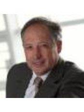 Dr Philippe Choupin - Surgeon at Docteur Armand Azencot - Clinical Tivoli Ducos