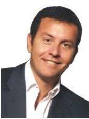 Dr Antoine Paraskevas Chirurgie Plastique Et Esthetique - 184 Rue de l'Université, Paris, 75007,  0