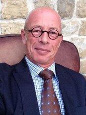Dr. Xavier Tassin - 10 Rue du Dôme, Paris, 75116,  0
