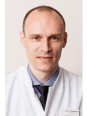 Dr Rainer Rupprecht -  at Dermatologikum Berlin