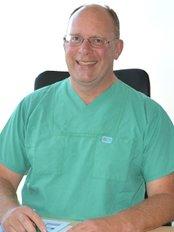 Dr. Med. Habil Jürgen Hußmann - Ringstrasse 74, Berlin, 12205,  0