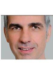 Dr Stefan Henning - Doctor at Dr. Med. Stefan Henning