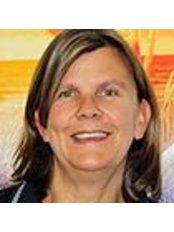 Ms Iris Rosendahl - Operations Manager at Private Practice Dr. Michaela Montanari