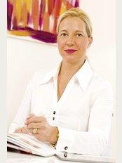 Dr Sandra Bolze - Rennweg 18, Meran, 39012,