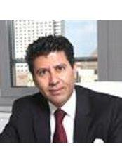 Dr Marwan Nuwayhid - Doctor at Lanuwa Aesthetik - Dresden