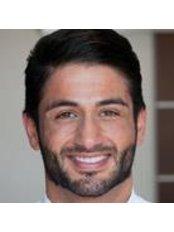 Dr Yasin Aktas - Dentist at Kaiser Mountain Clinic