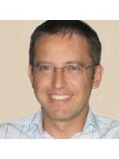 Dr Herr Klubowicz - Doctor at Praxisklinik Fur Aesthetic Chirurgie
