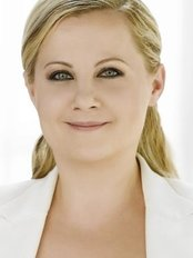 Dr Eva Kusch - Doctor at Health2Beauty