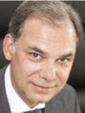 Dr Jens Feyh -  at Clinic Kaiser Platz