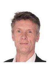 Dr Reinhard Titel - Doctor at Medical One - Frankfurt