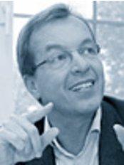 Dr Burkhard Dippe -  at Praxis Klink -  Dr. Burkhard Dippe