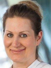 Dr Gesine Raydt - Doctor at Ästhetik Team Nürnberg