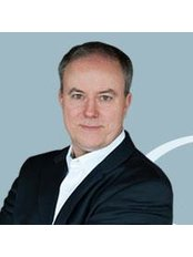 Dr Dirk Cichon - Doctor at Privatpraxis Dr. Alamouti - Aesthetic and Skin