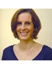 Dr Bettina  Banasch Vita - Doctor at Privatpraxis Dr. Alamouti - Aesthetic and Skin
