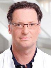 Dr Jan-Christoph Willms-Jones - Blankeneser Bahnhofstraße 1a, Hamburg, 22587,  0