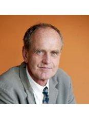 Dr Frank Schneider-Affeld - Surgeon at Estetica Hamburgs Schonheitszentrum