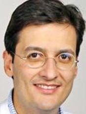 Gesichtschirurgie Hamburg - Dr Camilo Roldán