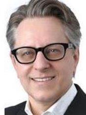Dr Stefan Marian Mackowski - Doctor at Medical One - Hamburg City