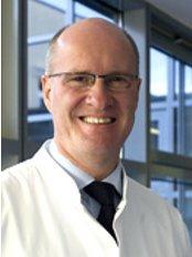 Dr Andreas Dietz - Surgeon at Lanuwa Aesthetik - Leipzig