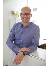Dr Andreas Heitland - Surgeon at Dr. Heitland